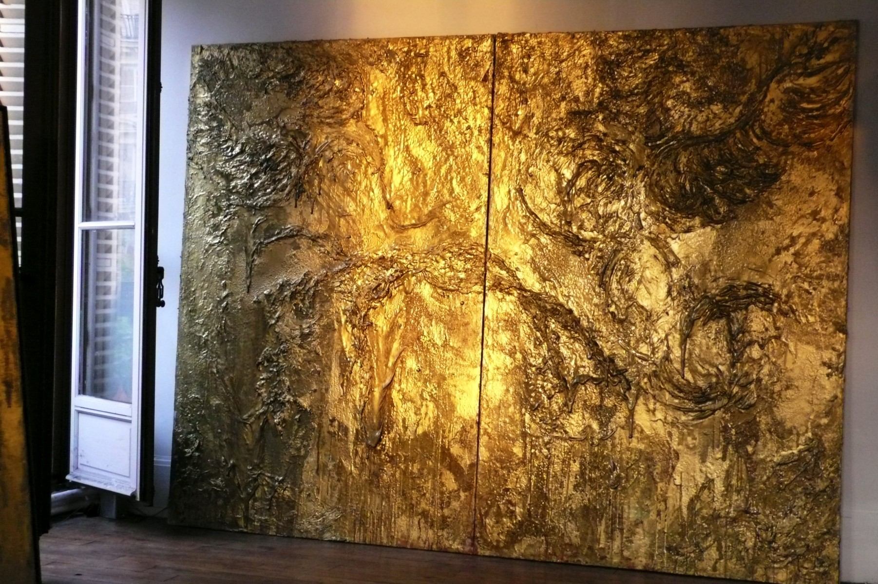 diptych gold